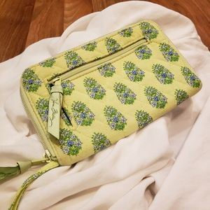 Vera Bradley EUC Wallet | Clutch Green